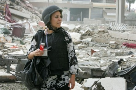 La periodista Karen Marón en Tiro, Libano. Foto de Jason P. Howe