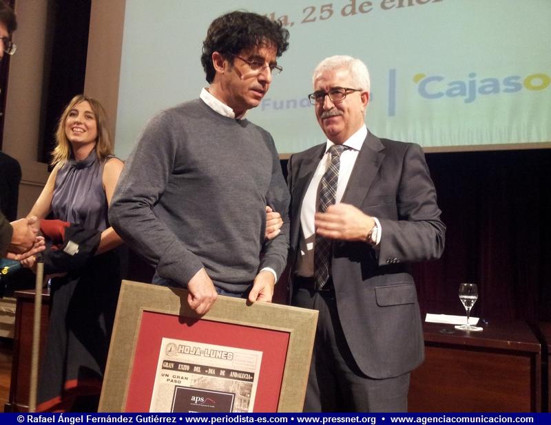 Emilio Morenatti, fotoperiodista, periodista; Manuel Jiménez Barrios, vicepresidente de la Junta de Andalucía XXIV Premio de la Comunicación de la Asociación de la Prensa de Sevilla