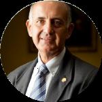 José Álvarez Marcos Periodista y Profesor de Periodismo en la Universidad de Sevilla